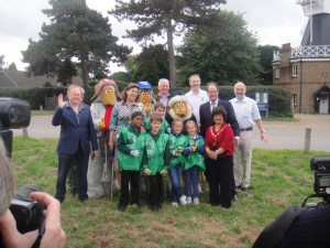 The local MP and deputy mayor join the photos