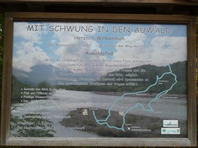 Hinweisschild zum Auwaldpfad am Walderlebniszentrum Ziegelwies