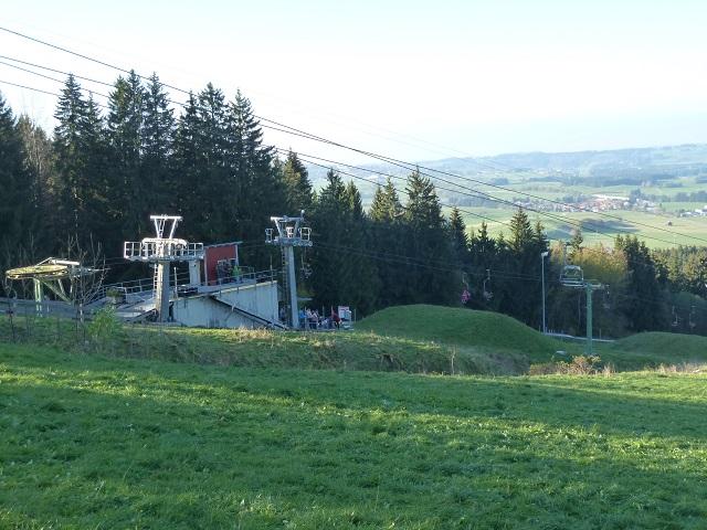Bergstation der Sommerrodelbahn an der Alpspitz bei Nesselwang
