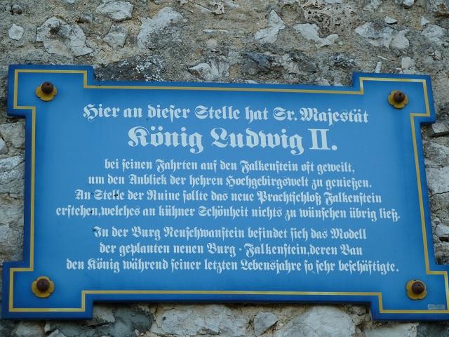 Infotafel an der Burgruine Falkenstein