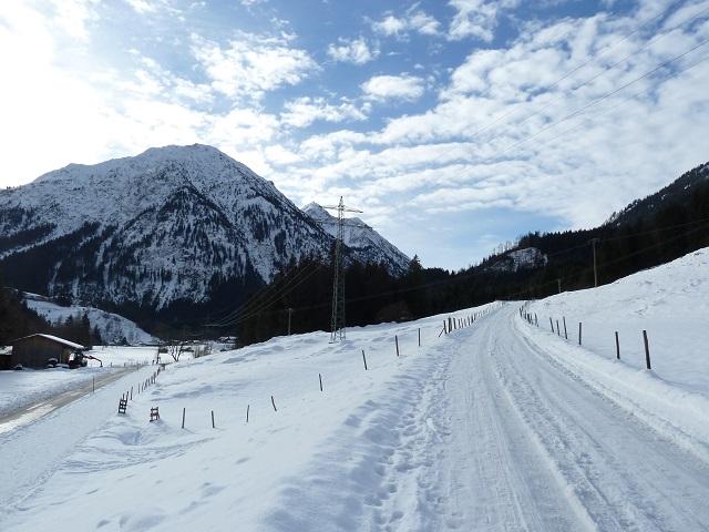 Winterwanderweg am Imberger Horn bei Bad Hindelang - Weg zur Rodelbahn