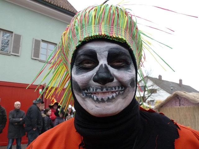 gruselige Voodoo-Frau
