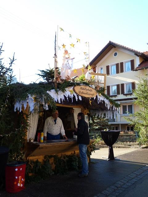 Märchenhafte Weihnachtswurst auf dem Erlebnis-Weihnachtsmarkt in Bad Hindelang