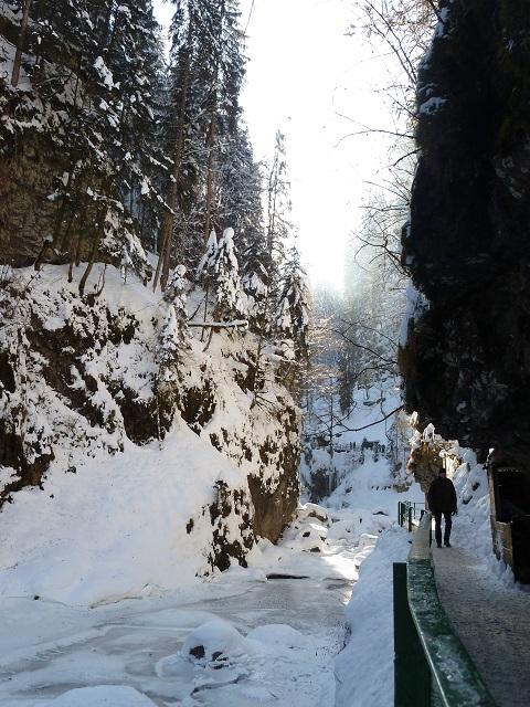 Winterwanderung durch die Breitachklamm 1