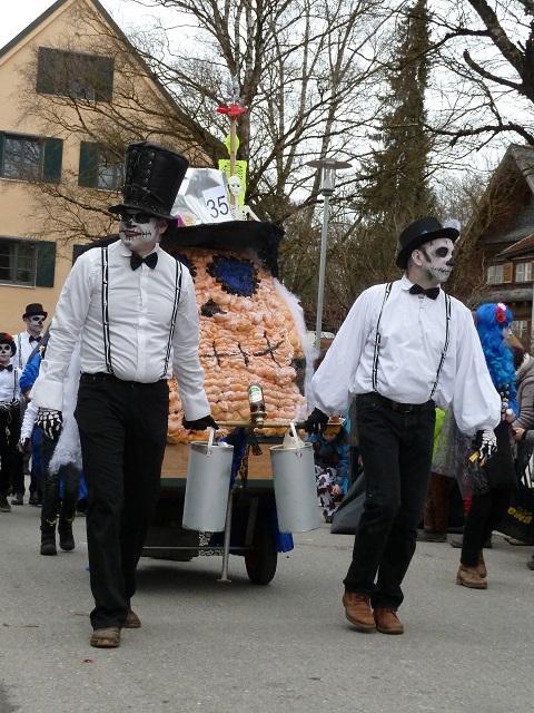 Faschingsumzug Obergünzburg 2017 - Los Muertos in Weiß