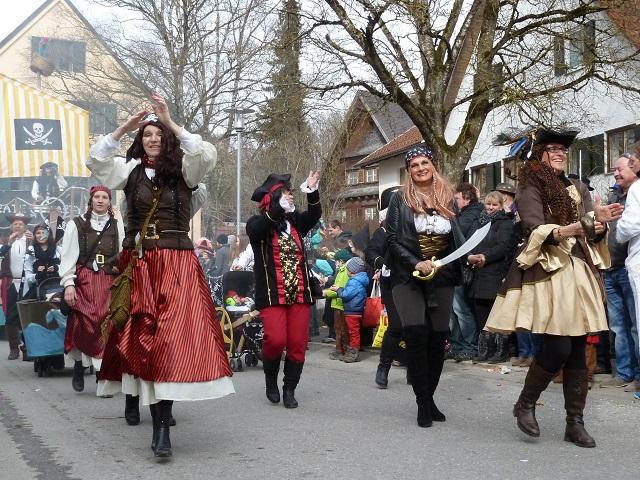 Faschingsumzug Obergünzburg 2017 - Piratinnen
