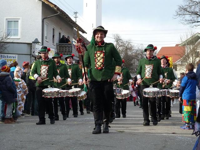 Faschingsumzug Ronsberg 2017 - Trommlergruppe aus Wertach