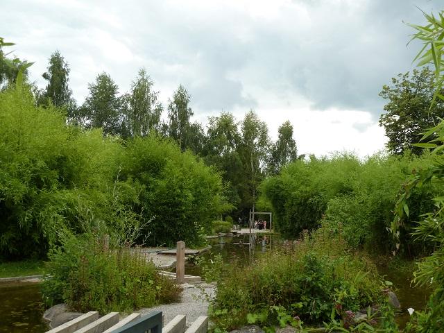 Wasserspielplatz im Stadtpark Neue Welt in Memmingen
