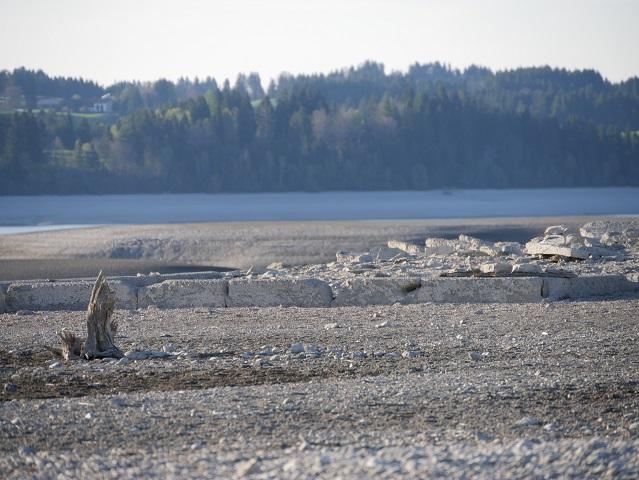 Fundament eines Hauses auf dem Seegrund