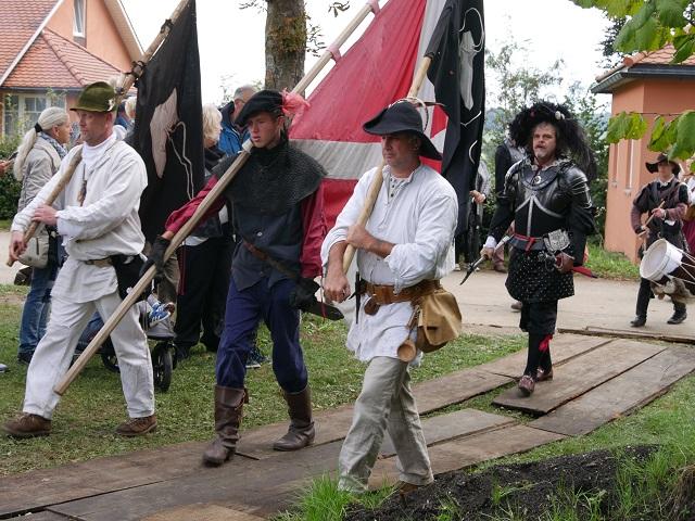 die Schwarze Schaar aus Memmingen beim Einzug zu Anno 1525