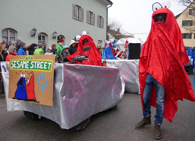 Sesamstraße auf dem Faschingsumzug Obergünzburg 2018
