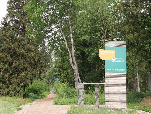 Rundweg Werdensteiner Moos - Eingang am Wanderparkplatz Thanners