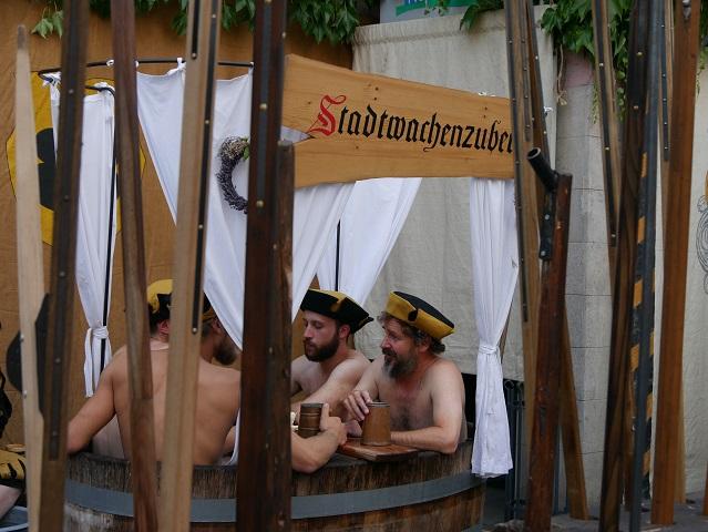 Stadtwachenzuber auf dem Frundsbergfest 2018