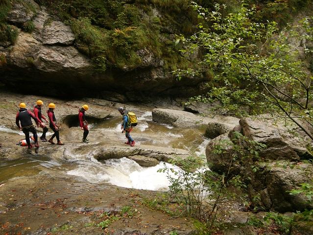 Canyoning-Gruppe in der Starzlachklamm