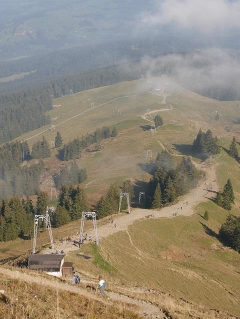 Abstieg vom Grünten in Richtung Grüntenhütte