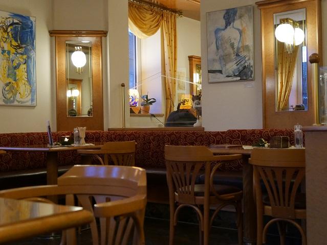im Café Greinwald in Marktoberdorf