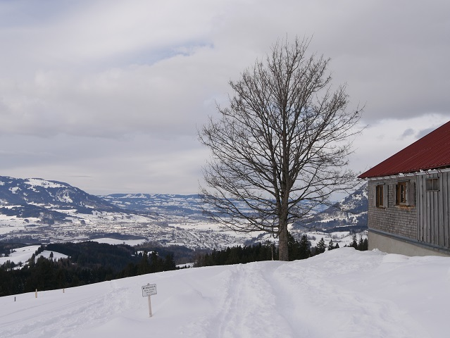 Blick auf Sonthofen im Winter