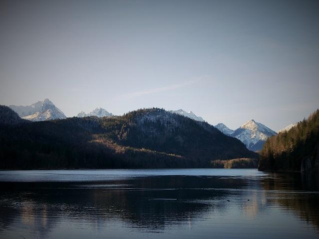 Der Alpsee bei Hohenschwangau im Winter