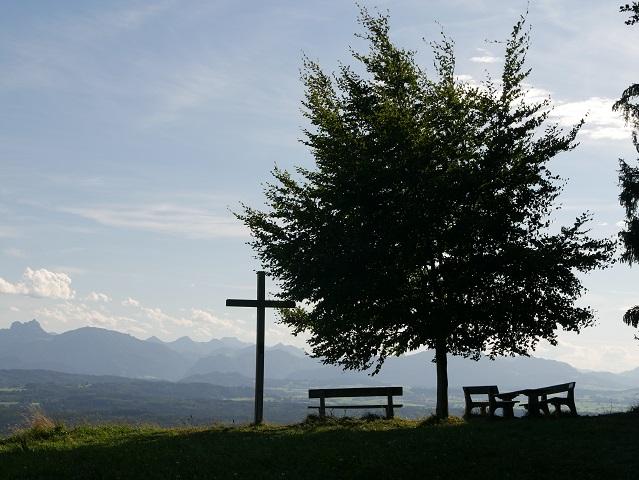 Am Aussichtspunkt Buffernandl auf dem Auerberg