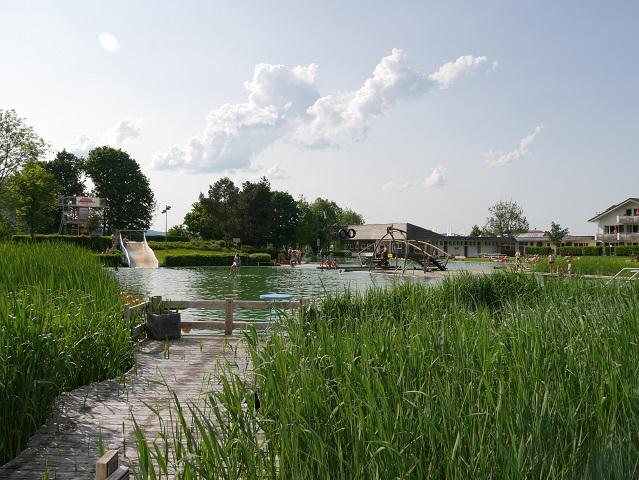 Erlebnisbecken im Naturbad Burgberg