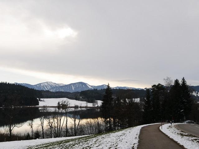 am Rundwanderweg Niedersonthofener See
