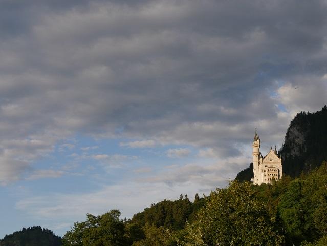 Schloss Neuschwanstein im Abendlicht