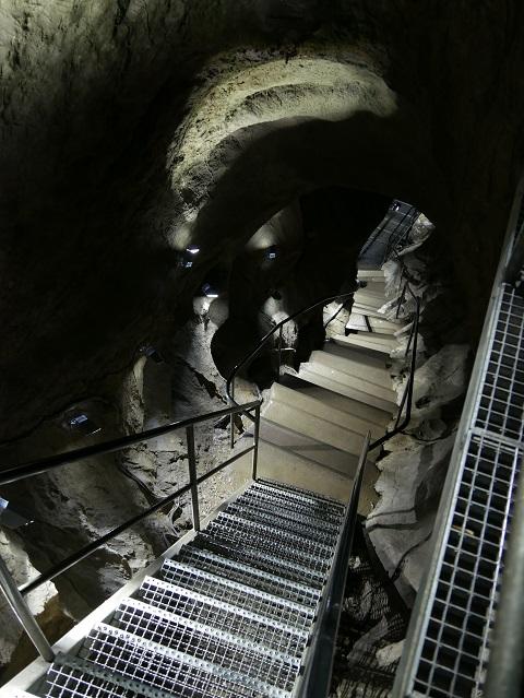 Treppe in der Sturmannshöhle
