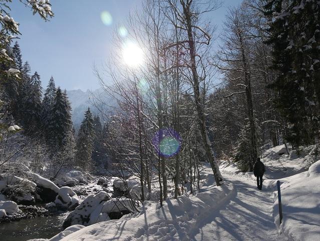 Winterwanderung im Kleinwalsertal - auf dem Breitachweg