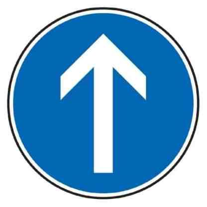 Vorgeschriebene Fahrtrichtung geradeaus - Verkehrszeichen nach StVO