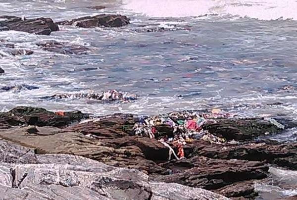 Disturbing: Sakumono Beach Now A Refuse Dump