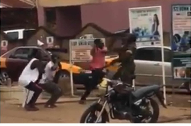 The Ghana Armed Forces (GAF) has said a viral video of a civilian attacking a military officer in public is not related to coronavirus lockdown operations.