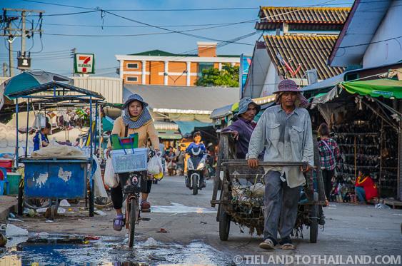 Dirty Rong Kluea Border Market