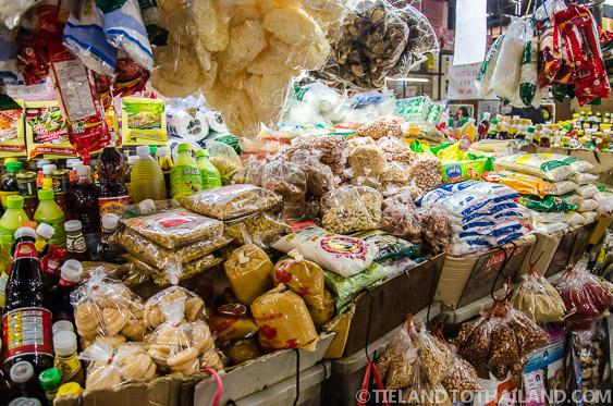 Disorganized Thai Food Market