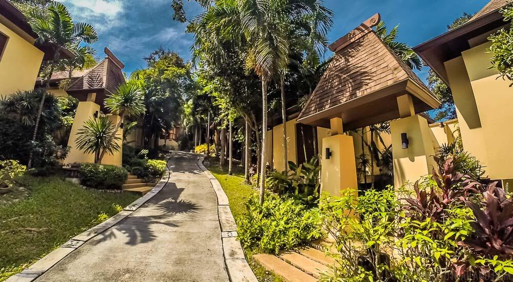 Crown Lanta Resort (1)