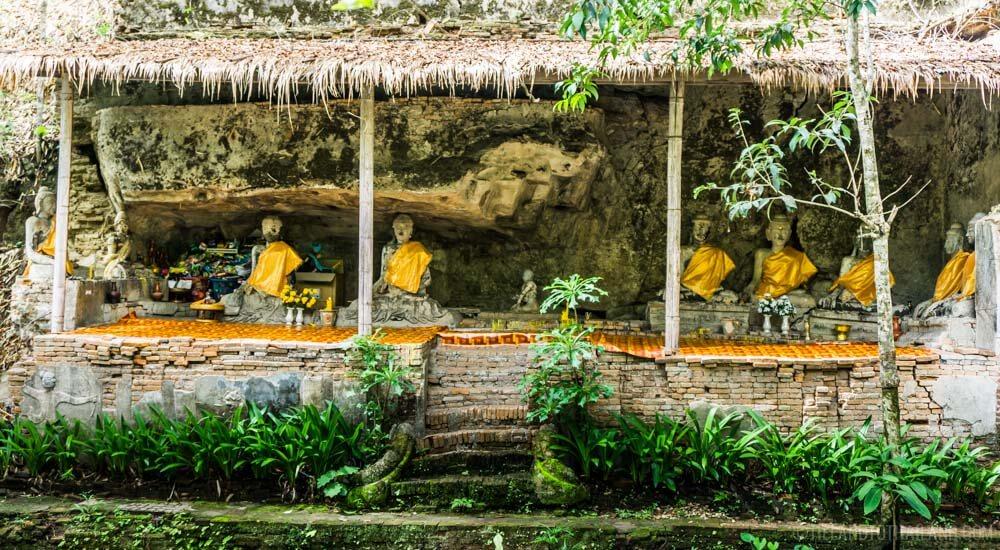 Buddha statues at Wat Pha Lat on Doi Suthep
