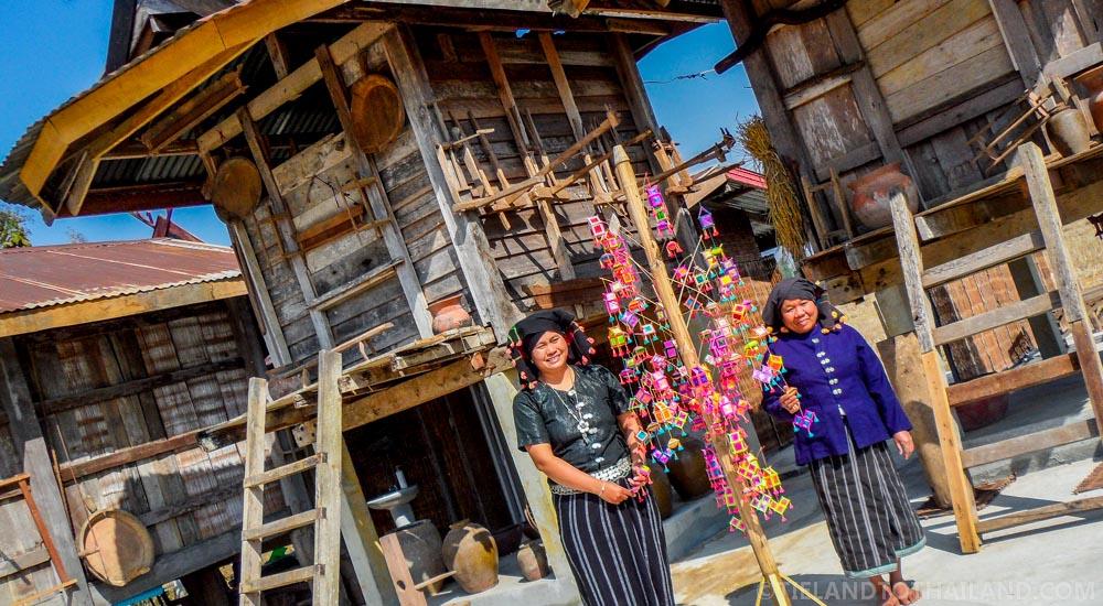 Travel Guide Loei Thailand: Tai Dam Cultural Village