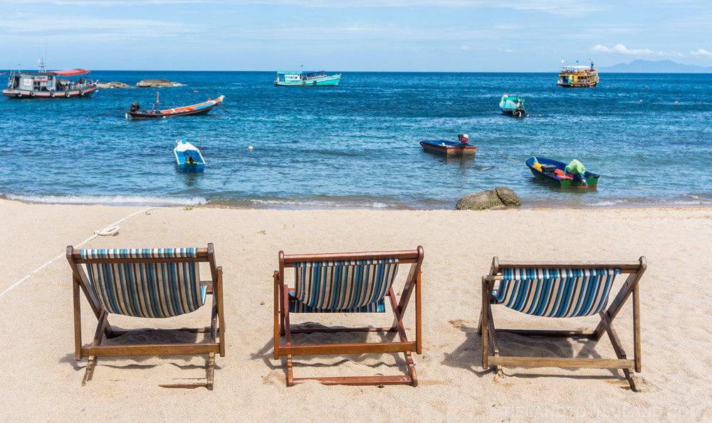 Beach Chairs Ao Leuk Beach Koh Tao