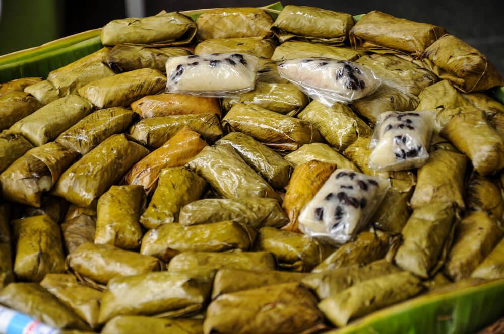 Banana Leaf Sticky Rice - Khao Tom Mud | Food Guide to Thai Street Snacks