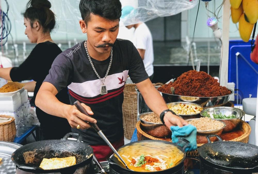 25 Tasty Thai Street Snacks: Finger Food Guide