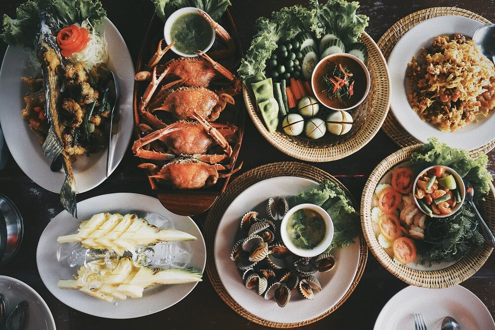 One Night Stay with Locals tour: Seafood feast at Baan Sam Chong Nuea in Phang Nga
