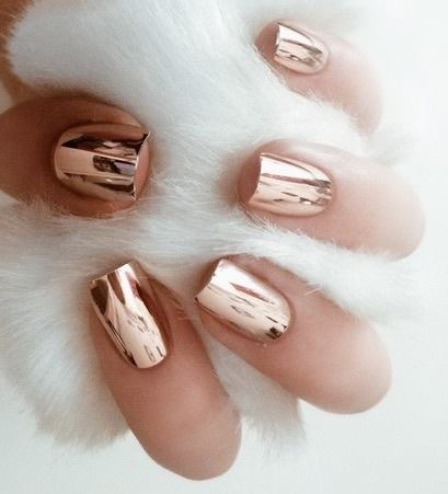 Cromo nails o uñas espejo para las mujeres que les gusta estar ¡muy chic!