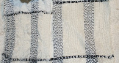 Same warp/weft combination, firm beat.