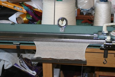Stockinette stitch on knitting machine