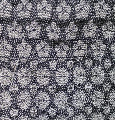 cherry blossom (top), draft 56976 from Handweaving.net, from Neues Build-und Muster-Buch zur Beforderung der Edlen Leinen-und Bild-Weberkunst, Johann Michael Kirschbaum (bottom)