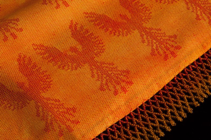 In the Inferno scarf - closeup