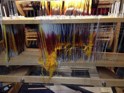 2800 threads!