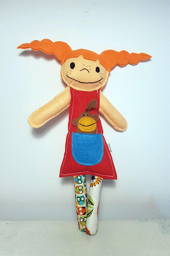 muñeca de trapo pipi calzaslargas