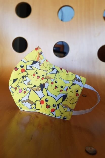 mascarilla infantil Pikachu