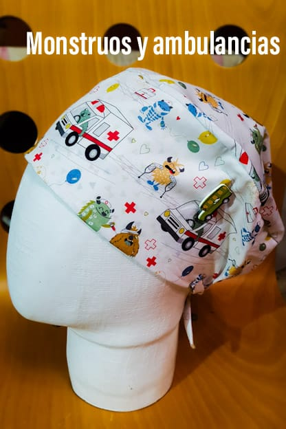 Gorro Sanitario Monstruos y ambulancias