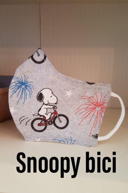 mascarilla de tela Snoopy bici